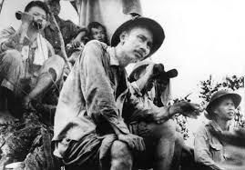 Vận dụng tư tưởng Hồ Chí Minh trong xây dựng uy tín người cán bộ lãnh đạo, quản lý hiện nay