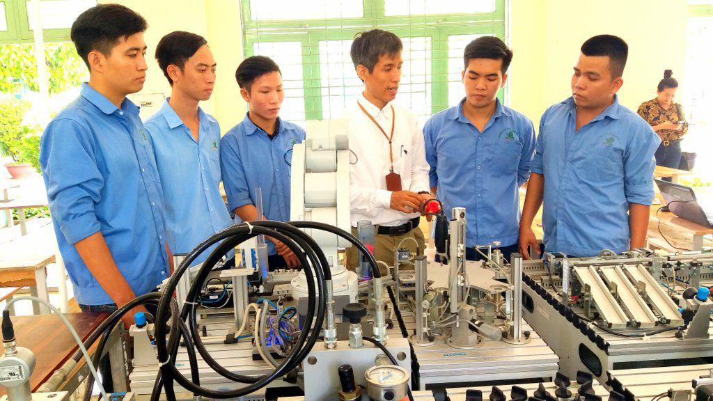 Nhu cầu nhân lực qua đào tạo giáo dục nghề nghiệp đến 2030